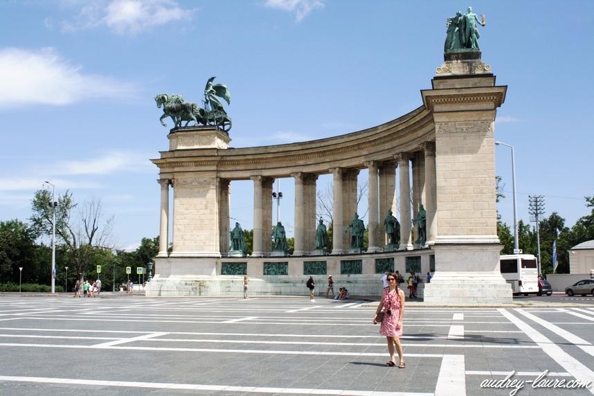 place des héros voyage budapest hongrie