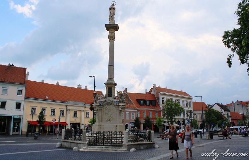 Sopron-voyage en Hongrie - colonne de Marie la Sainte-Vierge