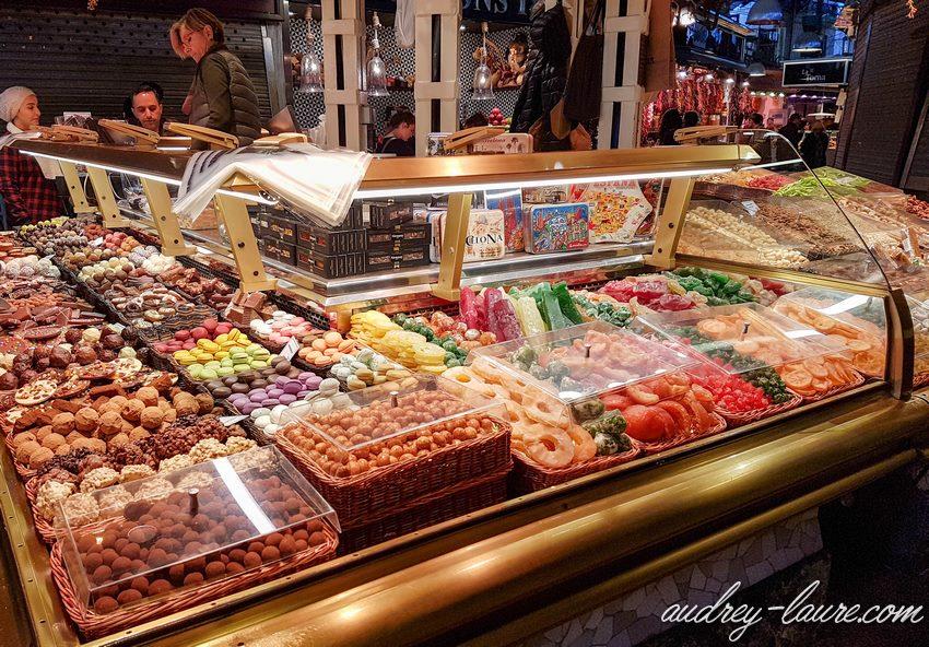 Marché couvert de la Boqueria - Barcelone - fruits confits