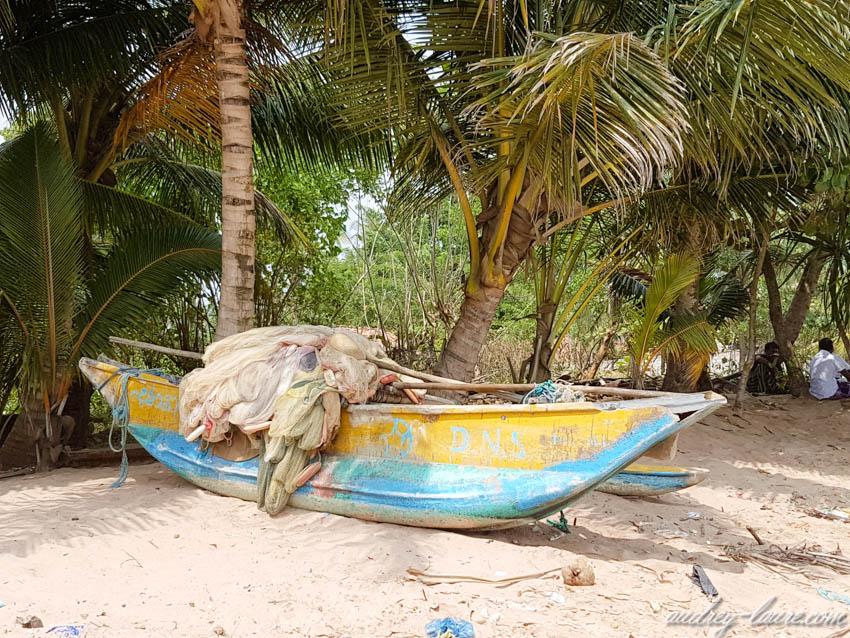 Barque de pêche et ses filets - Sri Lanka