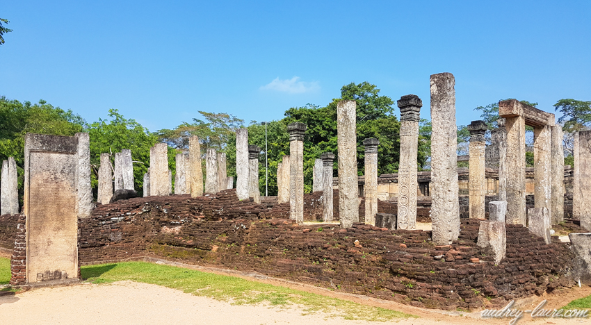 Polonnaruwa - louer un vélo - voyage au Sri Lanka