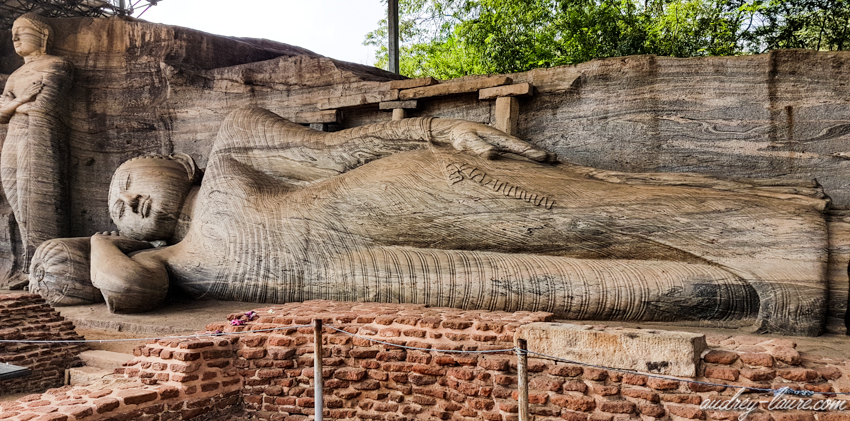 Bouddha couché - Gal Vihara, Polonnaruwa -voyage au Sri Lanka
