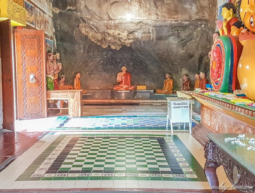 Isurumuniya-Temple-Bouddhiste-voyage-au-Sri-Lanka-blog