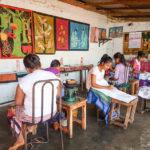 Visite d'une fabrique de batik au Sri Lanka
