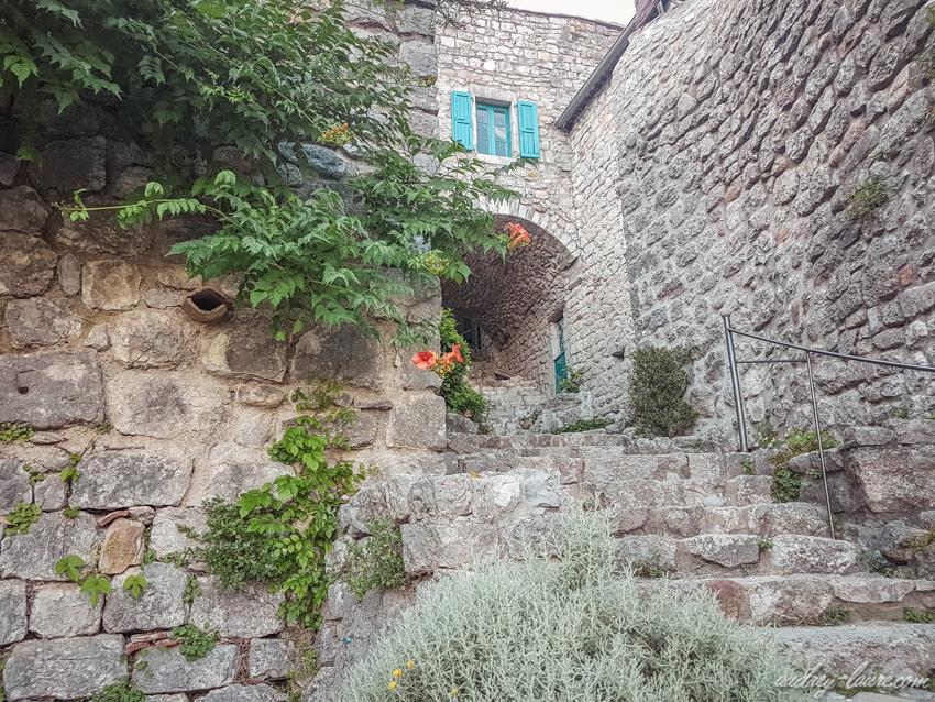 Tourisme en Ardèche - Visite du village de Labeaume -Label villages et cités de caractère