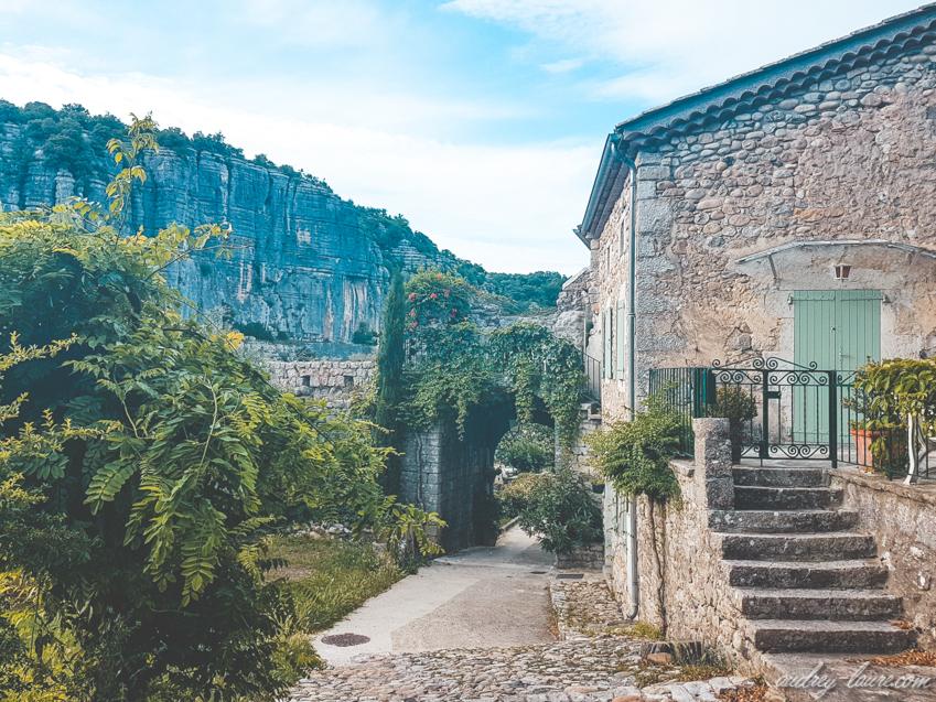 """Balazuc - Tourisme en Ardèche - visite du village labellisé """"Plus Beaux Villages de France"""""""