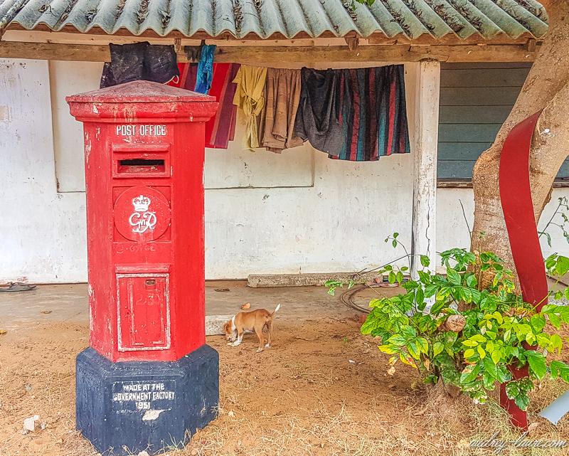 Sri Lanka - habitation typique et vestiges coloniaux